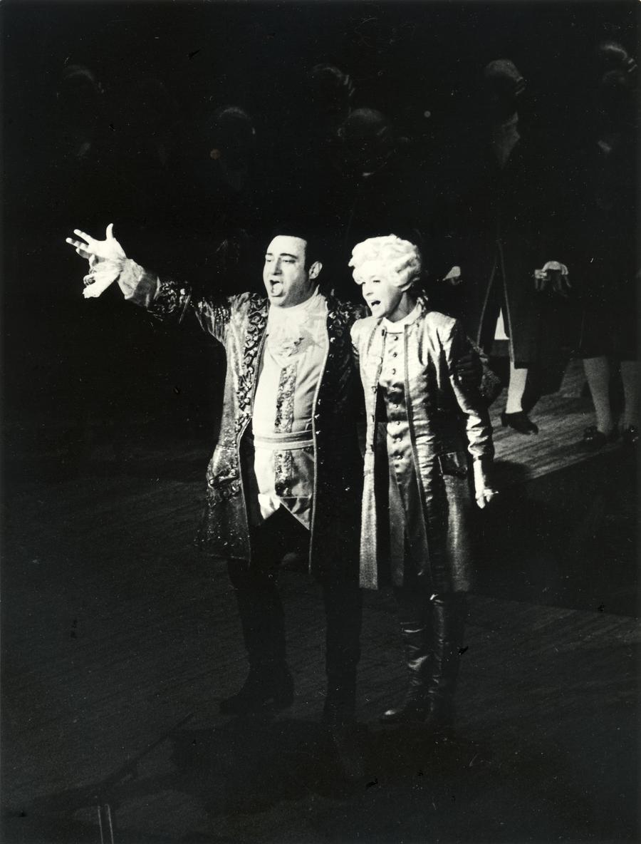 Zurab Sotkilava (Gustav III), Anu Kaal (Oscar)